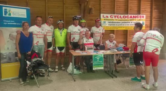 L'équipe de la Cyclo Cancer 2017 à la participation des 50 km pour les 50 ans de Bécqurel